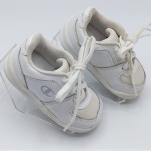 Champion Baby Walkers White Size 4